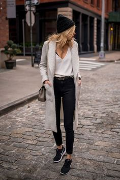 Love this whole outfit! Shirt, long sweater , high waisted jeans and sneakers