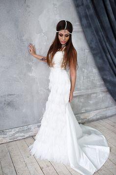 Платье с перьями для фотосессии