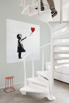 Make a statement on your own wall with the unique IXXI x Banksy Collection. Choose your favourite work of art by mysterious artist Banksy. Shape and size is up to you!