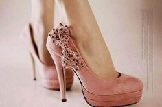 Llamativos zapatos de moda   Tacones altos para chicas como tú