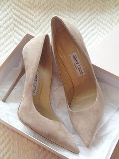 jimmy choo nude suede pumps