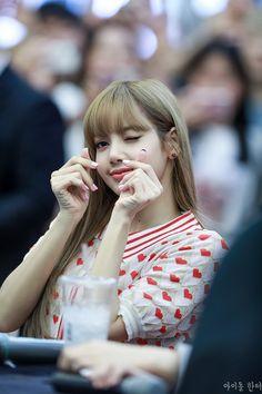 Kim Jennie, Kpop Girl Groups, Korean Girl Groups, Kpop Girls, Yg Entertainment, K Pop, Rapper, Pre Debut, Lisa Blackpink Wallpaper