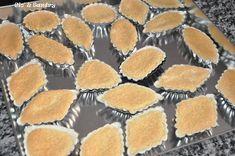 """Le pastine reali o """"is pastissus"""" sono dolcetti deliziosi alle mandorle che vantano un'antica tradizione dolciaria sarda e son..."""
