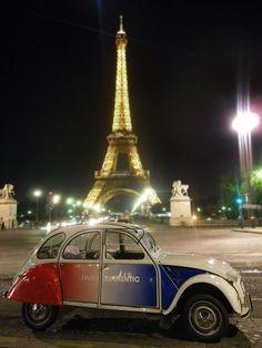 2CV tours Paris