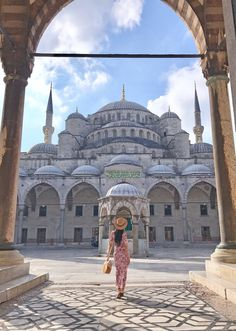 After my first visit to Istanbul in August I've been in love with the city ever since. Here are the 10 most Instagrammable spots in Istanbul, Turkey.