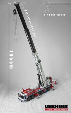 Hello everyone, let's me introduce my latest MOC: All terrain with 12 WD Liebherr LTM 1350 Mobile Crane informations: Weight: only mobile crane: + / 23 studs (LEGO Wheels with Third party Tires) Crane MAX Cran. Lego Technic Truck, Lego Truck, Lego Crane, Toy Crane, Vw Passat, Bmw 327, Lego Wheels, Mercedes C, Construction Lego