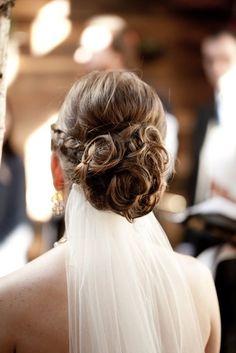 Wedding hairstyle idea; Featured Photographer: Brindamour Photography