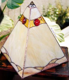 desert pyramid table lamp, stained glass