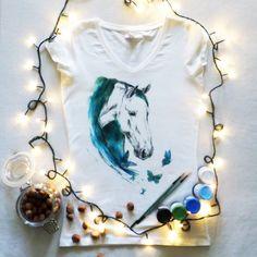 Koszulka ręcznie malowana z koniem, motyle hand painted t-shirt horse watercolor, tattoo, water, sketch, butterfly
