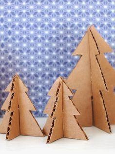 Fabriquez une forêt de sapins en carton pour décorer votre maison à Noël                                                                                                                                                                                 Plus