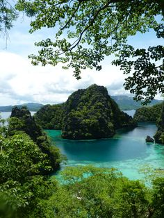 Phillipines.....one day :)
