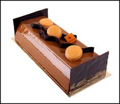 Caramel chocolate buche de noel