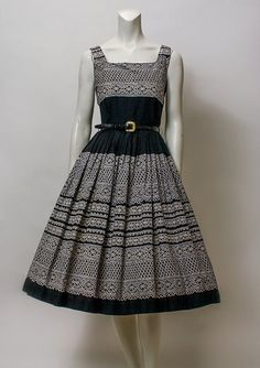 1950s Dress Black Lace Pattern Sleeveless by hotcouturevintage, $88.00