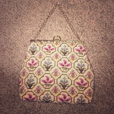 🌸Vintage needlepoint handbag🎉HP🎉 Gorgeous needlepoint bag. Absolutely perfect condition, flawless lining with interior pocket and hinged antiqued gold-tone closure/latch and chain. Vintage Bags