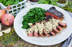 Mouth-watering New York Strip Steak with an Espresso-Chili Rub and Peppercorn Sauce by Chef Bruce Bozzi Jr. For more tasty recipes tune in to Home & Family weekdays at on Hallmark Channel! Entree Recipes, Home Recipes, Meat Recipes, Holiday Recipes, Cooking Recipes, Recipe For New York Strip Steak, Peppercorn Sauce, Good Food