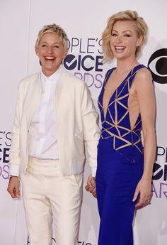 Ellen Degeneres And Portia, Ellen And Portia, Portia De Rossi, Strike A Pose, Red Carpet, Wedding Hairstyles, Chef Jackets, Hollywood, Poses