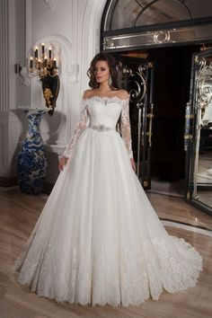 Classic Off the shoulder Natural Train Tulle Ivory Long Sleeve Wedding Dress with Appliques and Ribbons LD3436
