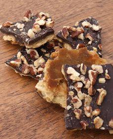 Authentic Suburban Gourmet: Saltine Cracker Toffee