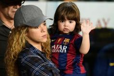 cotibluemos: Shakira no descarta ir a buscar la niña