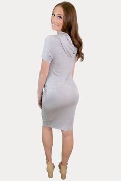 New Summer Maternity Dress Styles - Sexy Mama Maternity #SexyMamaMaternity #maternitydresses #dressthebump Summer Maternity, Cute Maternity Outfits, Pregnant Outfits, Summertime Outfits, Olive Green Dresses, Dress Styles, Summer Looks, Strapless Dress