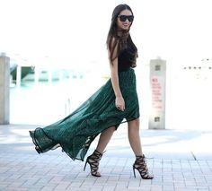 Shop this look on Kaleidoscope (skirt, top, pumps) http://kalei.do/WkKqbX6HytdpTA31