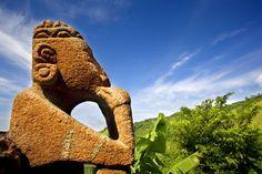 Un pre-colombina ídolo de piedra en San Isidro de Heredia - https://www.govisitcostarica.co.cr/region/city.asp?cID=220