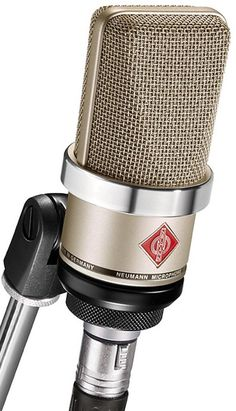 A super nice mic for vocals #HomeRecordingStudios #Microphones #SoundOracle #Drums #DrumKits #Beats #BeatMaking #OraclePacks #OracleBundle #808s #Sounds #Samples #Loops #Percussions #Music #MusicQuotes #InspiringMusicQuotes #MusicProduction #SoundProducer #MusicProducer #Producer #SoundDesigner #SoundEngineer www.soundoracle.net