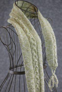 Knitting Patterns Galore - Horseshoe Cable Muffler