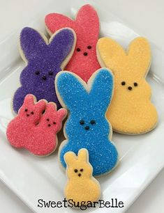 Peeps Cookies ~ OMG these are just so cute....look at the site to see how they are used on top of cupcakes too.