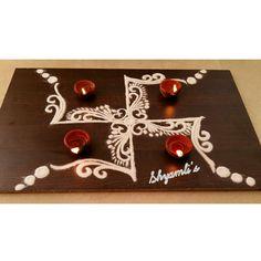 Creative Swastik rangoli for occasion of Ganapati Puja Rangoli Side Designs, Simple Rangoli Designs Images, Rangoli Borders, Colorful Rangoli Designs, Beautiful Rangoli Designs, Diwali Rangoli, Easy Rangoli, Sanskar Bharti Rangoli Designs, Painting Pots