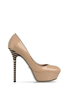 Dalla collezione primavera estate 2013 di scarpe Sergio Rossi, pumps nude Optikala