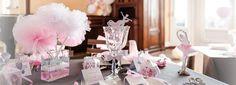 Baptême de petite fille sur le thème de la danse. Des pompoms, des vases, des rubans, en rose, blanc et gris