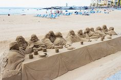"Sand sculpture of ""The Last Supper"" Funny Comments On Pictures, Funny Couple Pictures, Funny Cartoon Pictures, Best Funny Images, Comic Pictures, Great Pictures, Cool Photos, Interesting Photos, Bleach Funny"
