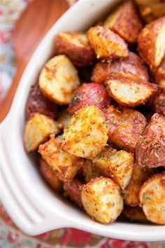 Garlic Parmesan Roasted Red Potatoes Really nice recipes. Every #hashtag