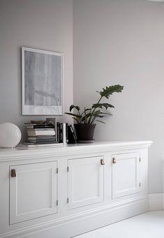 Fresh and inviting spacious apartment Living Room Furniture, Living Room Decor, Living Spaces, Living Room Storage, Design Minimalista, Minimalist Home Interior, Minimalist House, Minimalist Bedroom, Ideas Hogar