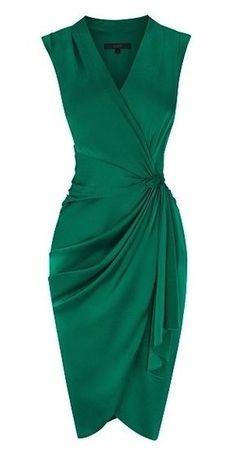 Emerald green is prachtig voor de donkere lentes, nu her en der te vinden!