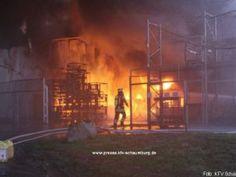280 Einsatzkräfte bekämpfen Brand in Recyclingfirma http://www.feuerwehrleben.de/280-einsatzkraefte-bekaempfen-brand-in-recyclingfirma/ #feuerwehr #firefighter