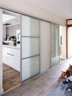 4 zimmer unsanierter altbau in m nchen in 2018 schiebet r pinterest wohnzimmer altbau und. Black Bedroom Furniture Sets. Home Design Ideas