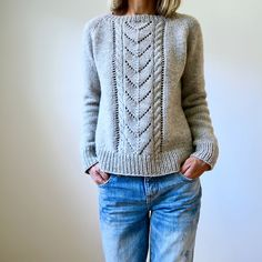 Sirdar Knitting Patterns, Beginner Knitting Patterns, Knitting For Beginners, Knitting Projects, Pull Poncho, Icelandic Sweaters, How To Purl Knit, Girls Sweaters, Sweater Weather