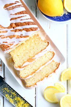 Kuohkea sitruunakakku - Suklaapossu Vanilla Cake, Desserts, Food, Tailgate Desserts, Meal, Dessert, Eten, Meals, Deserts