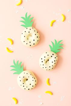 These pineapple donuts are totally adorable--almost as cute as Gary the Snail! Serve them up at your kid's SpongeBob Bikini Bottom underwater birthday party.