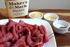 Kentucky Bourbon Beef Jerky - Recipes to Cook - Fleisch Bourbon Beef Jerky Recipe, Beef Jerky Marinade, Jerky Recipes, Meat Recipes, Cooking Recipes, Creamy Chicken And Rice, Deer Meat, Dehydrated Food, Kentucky