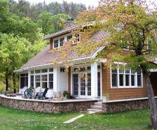 Google Image Result for http://www.standout-cabin-designs.com/images/small-cabin-plans12.JPG