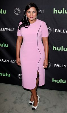 Mindy Kaling in Roksanda paired with Chanel pumps attends Paleyfest in L.A. #bestdressed