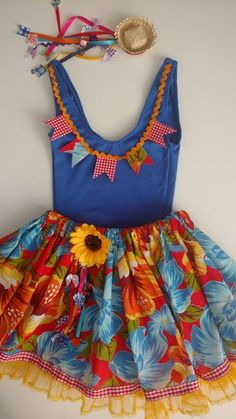 Ideas for moda infantil feminina escola Winter Dresses, Summer Dresses, Daily Look, Diy For Kids, Editorial Fashion, High Tops, Halloween Inspo, Doll Clothes, Kids Outfits