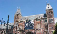 Op dit moment ondergaat het Rijksmuseum in Amsterdam een grootscheepse verbouwing, maar de meesterwerken zijn nog steeds te bezichtigen. Meer informatie: http://www.rijksmuseum.nl/