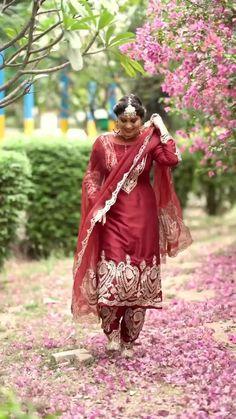Punjabi Salwar Suits, Salwar Kameez, Punjabi Wedding Suit, Punjabi Suits Party Wear, Wedding Salwar Suits, Party Wear Indian Dresses, Designer Party Wear Dresses, Wedding Suits, Indian Suits Punjabi