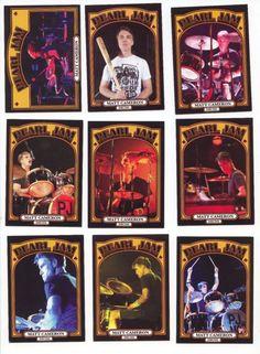Pearl Jam at Wrigley Field Matt Cameron, Wrigley Field, Eddie Vedder, Pearl Jam, Potpourri, Abandoned, Bands, Pearls, Store