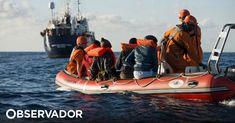 Um navio da Sea-Eye com 64 migrantes resgatados está preso no mar, depois de Itália e Malta terem recusado a entrada da embarcação nos seus portos. Os migrantes tinham sido resgatados na quarta-feira. Malta, Boat, Vehicles, Tempo Real, Washington Usa, Ship, Log Projects, World, Brazil