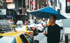 折り紙で作る、羽が動く鳥みたいな。 大雨に加えて強風まで直撃すると、もれなく壊れるのが傘。今やコンビニでもどこ […]